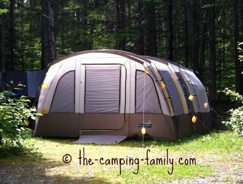 very large tent & Cabin Style Tents: Large Family Camping Tents With Lots Of Room