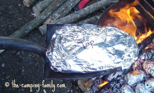 foil dinner on spade