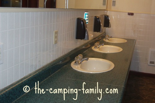 counter with sinks in camp bathroom