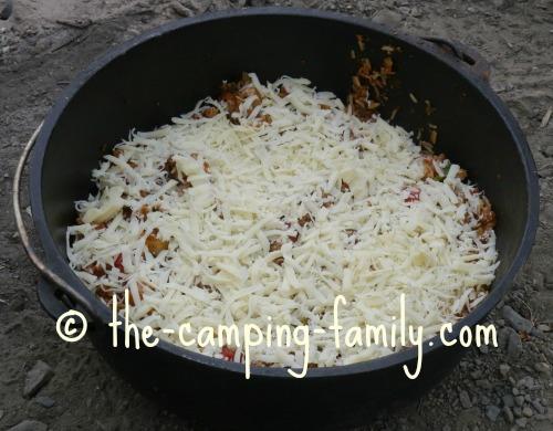 rice pizza with mozzarella cheese