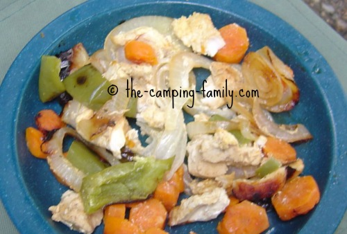 Tinfoil Dinner with Chicken and Vegetables