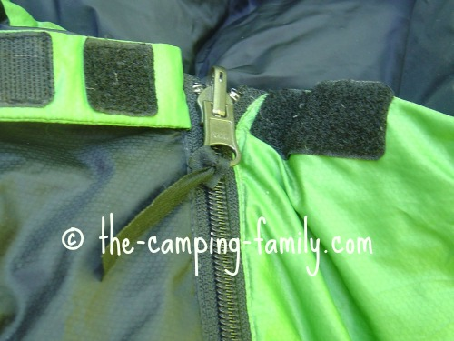 sleeping bag zipper zipped
