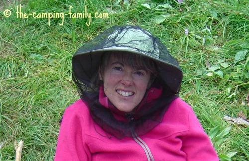woman wearing head net