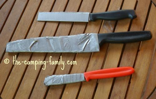 knives in homemade sheaths