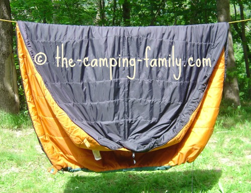 barrel sleeping bag on clothesline