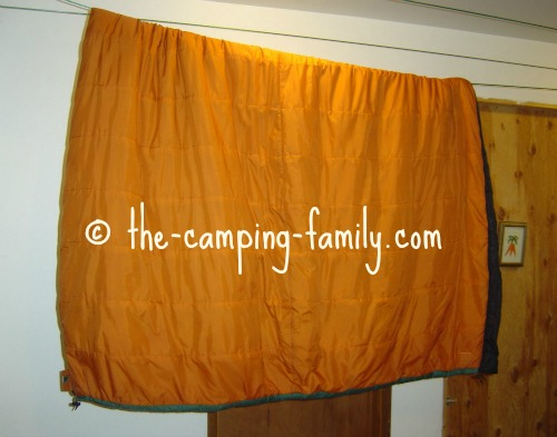 sleeping bag on clothesline