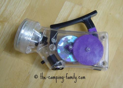 hand powered flashlight