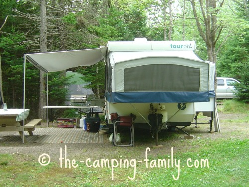 pop up tent trailer with awning