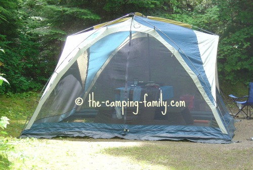 tent with sleeves and clips