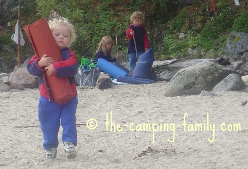 toddler carrying Thermarest