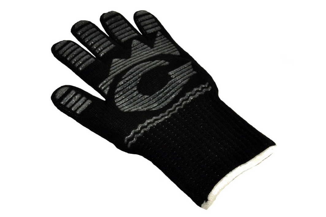 This item is on my camping wish list! I'd love to replace my oven mitts  with one or two of these!