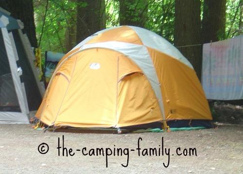 sturdy dome tent